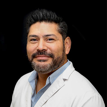 Dr. Daniel Linares image